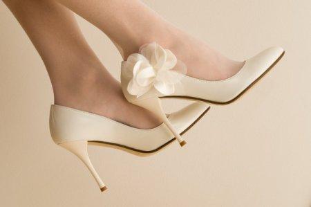 Весільне взуття для нареченої: як не помилитися з вибором