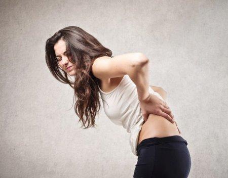 После беременности и родов болит спина: что делать?