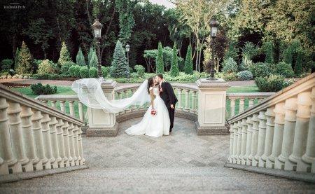 Весільна фотосесія: які деталі важливі?