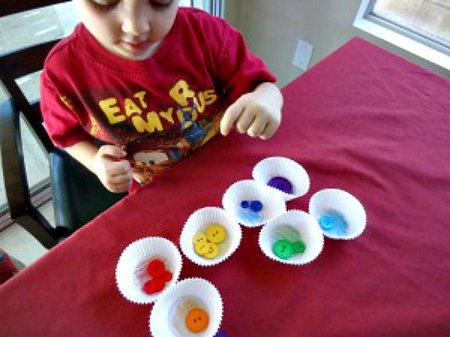 розвиваючі іграшки своїми руками з підручних засобів