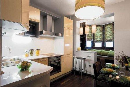 Интерьер балкона с кухней