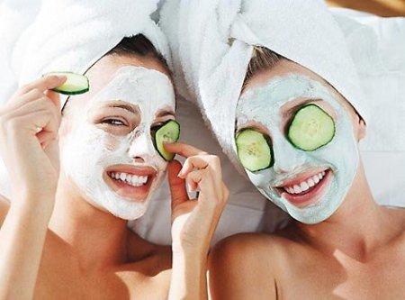 З чого зробити маску для обличчя: ТОП продуктів, що є в кожному будинку