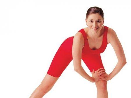 Как избавиться от «ушек» на бедрах: фитнес дома для похудения ног