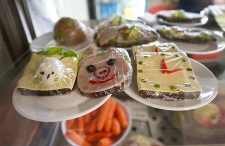 Здоровое питание школьников: что на обед у отличника?