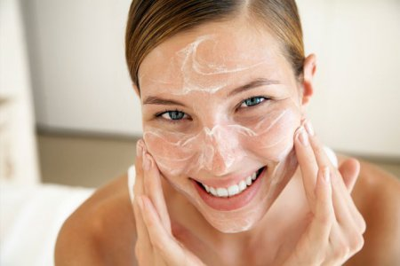 Найбільш ефективна чистка обличчя в домашніх умовах