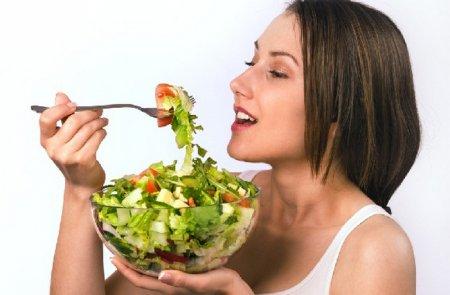 Літня дієта для схуднення: що можна їсти, а що не можна?