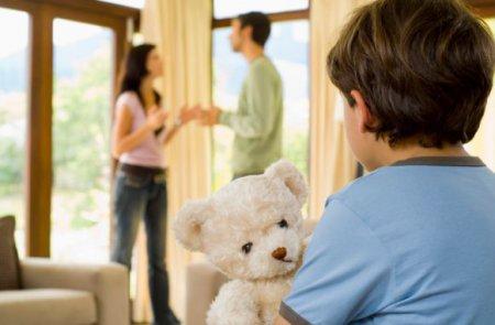 ТОП-6 советов, как воспитывать ребенка, если родители в разводе