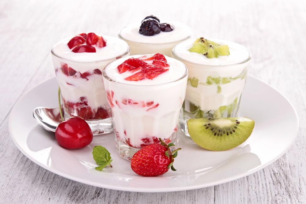 Секс игры с джемом и йогуртом