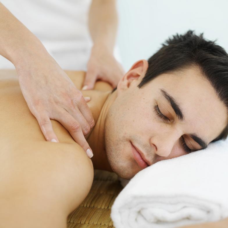 Как сделать приятный массаж для парня