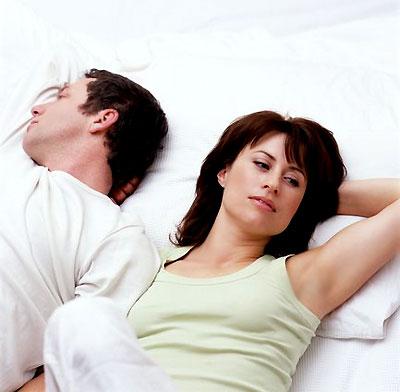 Кризис среднего возраста у мужчин: что делать женщине