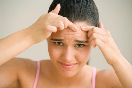 Чистка обличчя підлітка: що і як робити