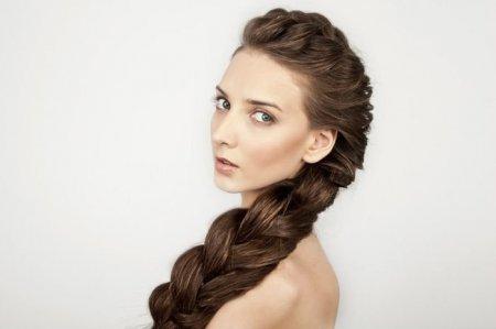 Быстрое плетение: ТОП-3 прически для длинных волос своими руками