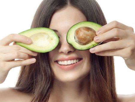 Як робити маски для особи з авокадо: ТОП-5 рецептів