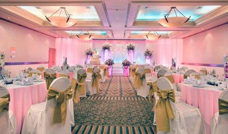 Как выбрать оформление свадебного зала