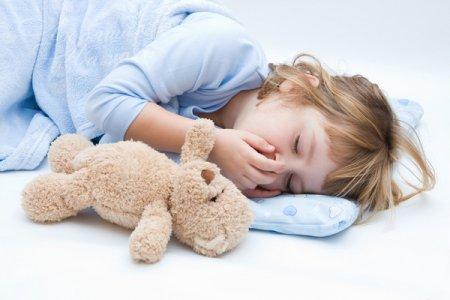 Спим в своей кровати: как приучить ребенка спать отдельно?