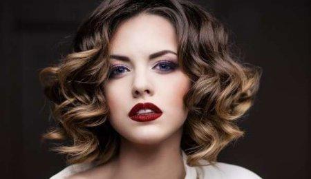 ТОП-5 причесок для средних волос