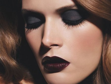 Як правильно зробити макіяж темний: поради професіоналів