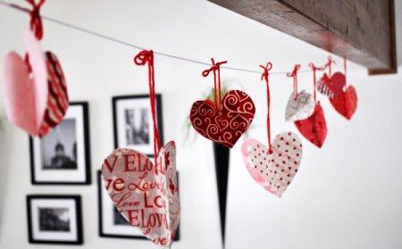 Рукоділля – декор романтичної гірлянди