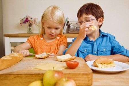 Яке правильне харчування підібрати для схуднення дитини