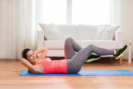 Фітнес в домашніх умовах: вправи для тих, кому за 40