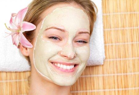 Чищення та відбілювання обличчя в домашніх умовах