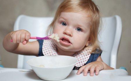 Педиатры рассказали об особенностях рациона питания годовалого малыша