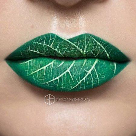 Дизайн нігтів: зелений літній колір