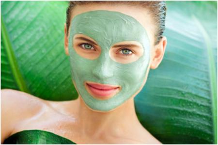 Експерти відповіли, чи можна робити маски для обличчя щодня