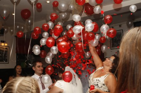 Прикраса залу кульками: краса вимагає!