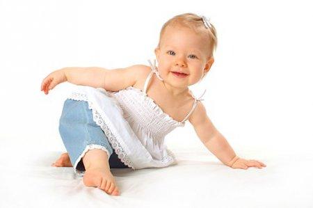 Що вміє однорічна дитина?