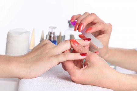 Как делать педикюр и маникюр быстро и качественно