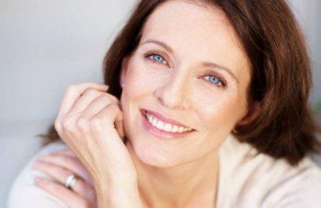 Омолаживающий макияж для 40-летней женщины