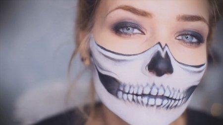 Макияж на Хэллоуин — стань супергерл