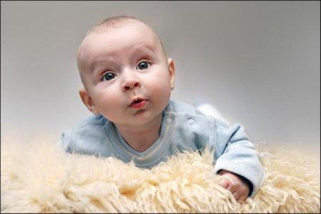 Розвиток дитини 3 місяці