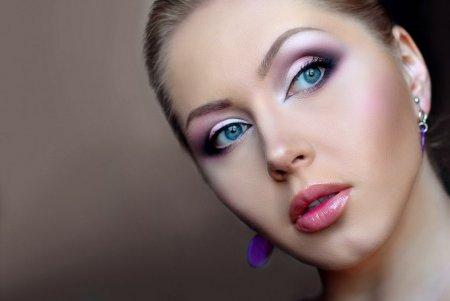 Професійний макіяж: крок за кроком
