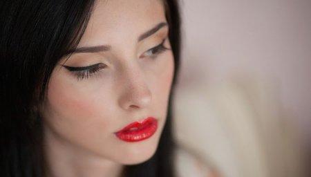 Как сделать красивый японский макияж?