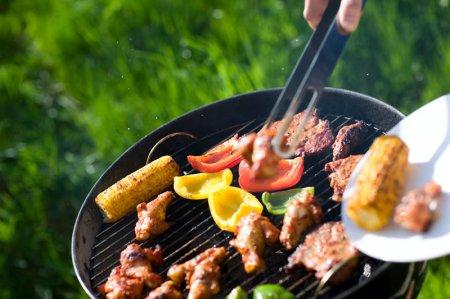 Як готувати на грилі смачне і соковите м'ясо?