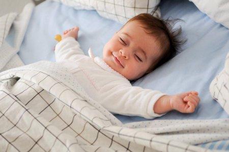 Как приучить ребенка вовремя ложиться спать: ТОП-7 хитростей