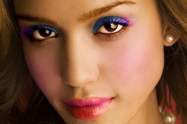 Красиво и не яркий макияж карих глаз