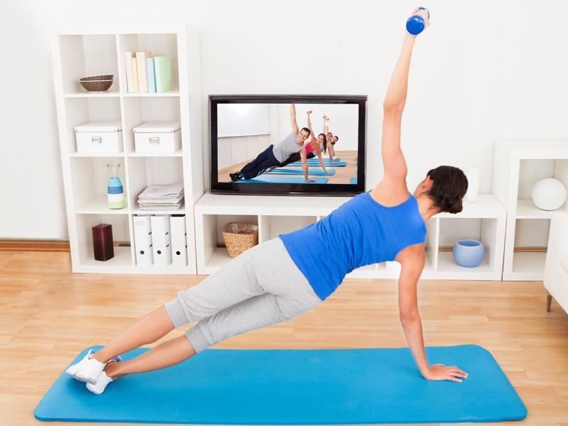 В чем заниматься спортом в домашних условиях