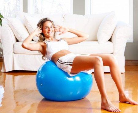 Эффективные уроки фитнеса в домашних условиях