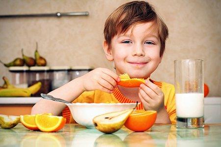 Как организовать здоровое питание ребенка: советы педиатров