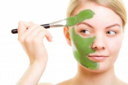 Как делать маски для лица: ТОП-5 очищающих рецептов
