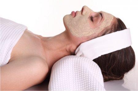 Чистка лица аспирином: как легко и просто избавиться от недостатков кожи в домашних условиях