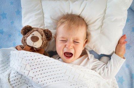 Что делать родителям, если ребенок закатывает истерики по ночам?